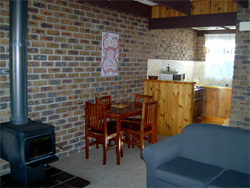 Warrawee Holiday Units - Accommodation Broome