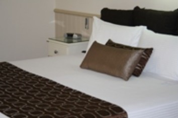 Comfort Inn & Suites Robertson Gardens - Accommodation Broome
