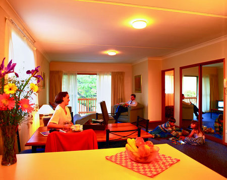 Oxley Court Serviced Apartments - Accommodation Broome