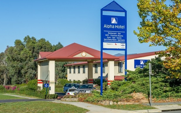 Alpha Hotel Canberra - Accommodation Broome