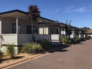Sundowner Cabin and Tourist Park - Accommodation Broome