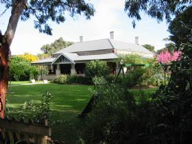 Yankalilla Bay Homestead Bed and Breakfast - Accommodation Broome