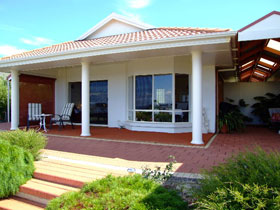 Close Encounters Bed and Breakfast - Accommodation Broome