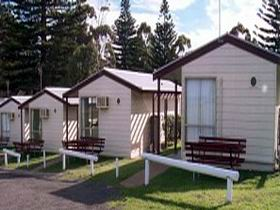 Victor Harbor Beachfront Holiday Park - Accommodation Broome