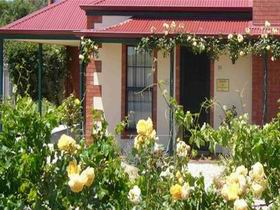 Wine And Roses Bed And Breakfast - Accommodation Broome