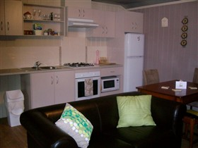 Little Para Cottage - Accommodation Broome