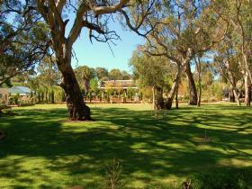 Jacobs Creek Retreat at Moorooroo Park - Accommodation Broome