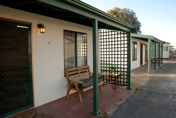 Moonta Bay Road Cabins and Cottages