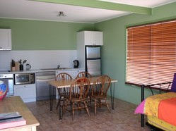 Fossickers Cottages - Accommodation Broome