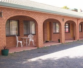 Cooma Country Club Motor Inn - Accommodation Broome