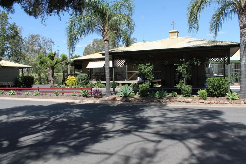 Lake Forbes Motel - Accommodation Broome