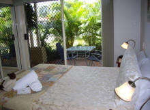 Alexander Lakeside Bed and Breakfast - Accommodation Broome