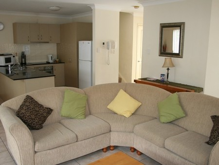 Pacific Sun Gold Coast Holiday Townhouse - Accommodation Broome