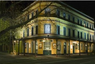 The Royal Exhibition Hotel - Accommodation Broome