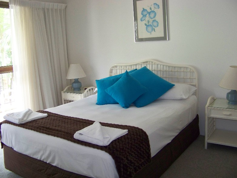 Old Burleigh Court Holiday Apartments - Accommodation Broome