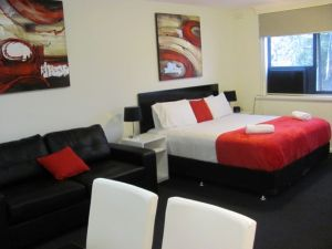 Apartments on Flemington - Accommodation Broome