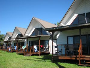 Cardwell Beachcomber Motel  Tourist Park - Accommodation Broome