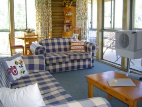 Myrtle Creek Cottages - Accommodation Broome
