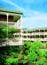 Medina Serviced Apartments Canberra - Accommodation Broome