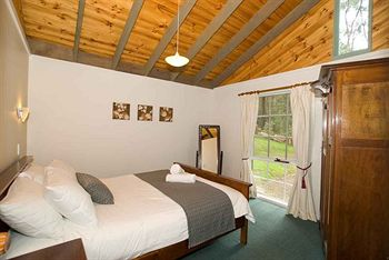 Hill aposNapos Dale Farm Cottages - Accommodation Broome