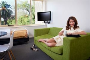 City Edge Serviced Apartments East Melbourne - Accommodation Broome