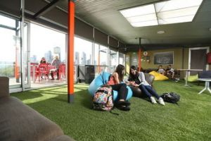 Melbourne Metro YHA - Hostel - Accommodation Broome