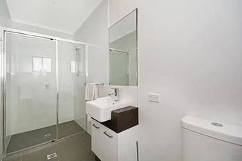 Cooroy Luxury Motel Apartments Noosa - Accommodation Broome