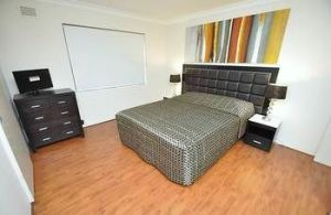 Balmain 3 Mont Furnished Apartment - Accommodation Broome