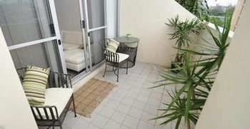 Camperdown 517 MIS Furnished Apartment - Accommodation Broome