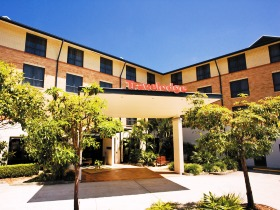Travelodge Hotel Garden City Brisbane - Accommodation Broome