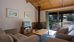 Surf Coast Cabins in Aireys Inlet - Accommodation Broome