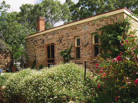 The Heritage Garden - Accommodation Broome