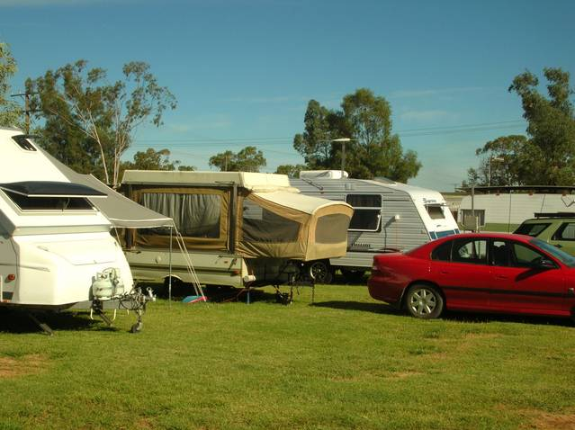 Crocodile Caravan Park - Accommodation Broome