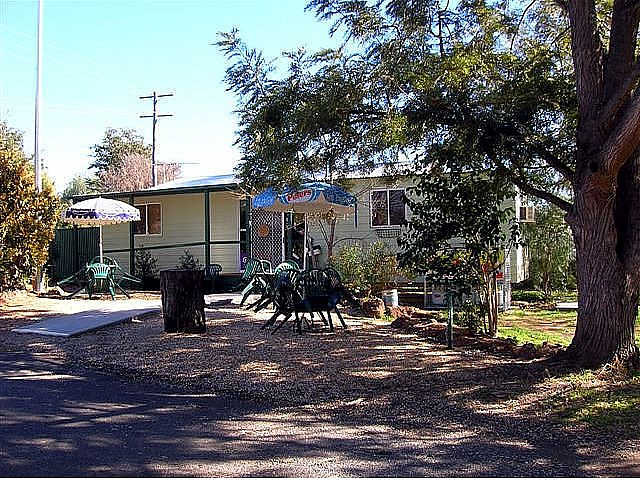 Manilla River Gums Caravan Park - Accommodation Broome