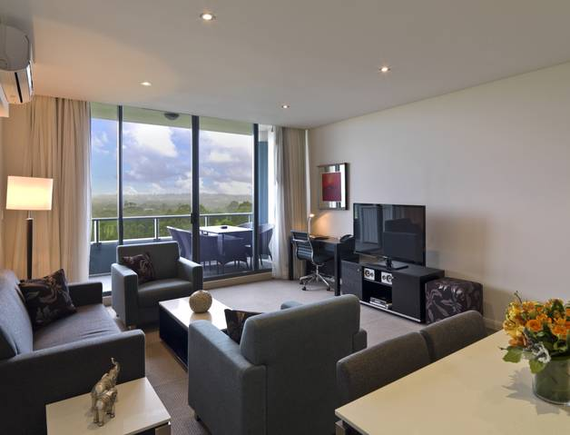 Meriton Serviced Apartments Danks Street Waterloo - Accommodation Broome