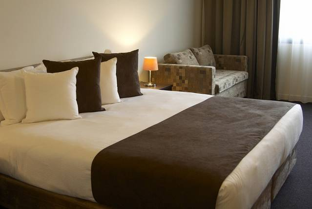 Quality Hotel Tabcorp Park - Accommodation Broome