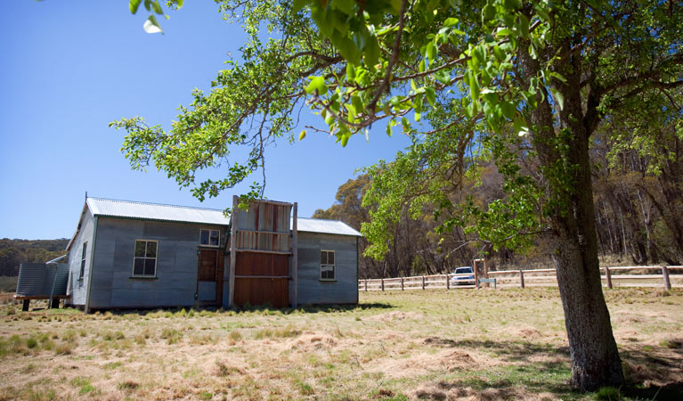 Brackens Cottage - Coolah - Accommodation Broome