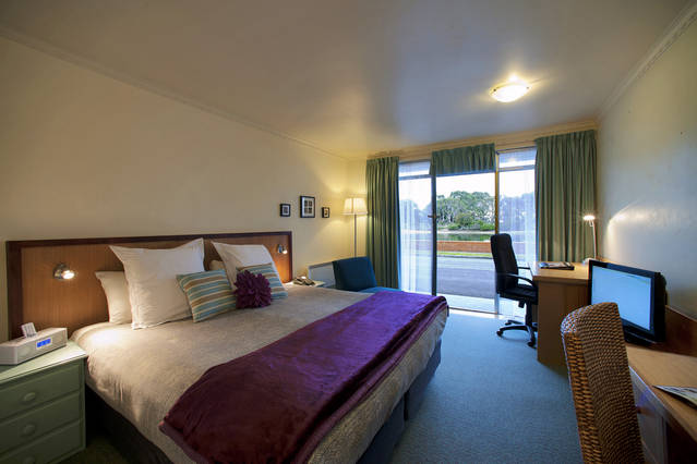 The Waterfront Wynyard - Accommodation Broome