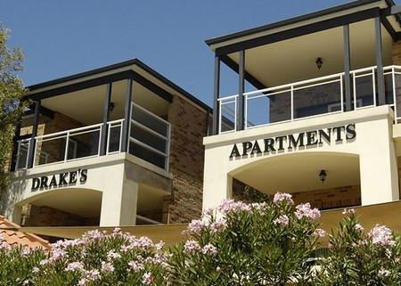 Drakes Apartments With Cars - Accommodation Broome