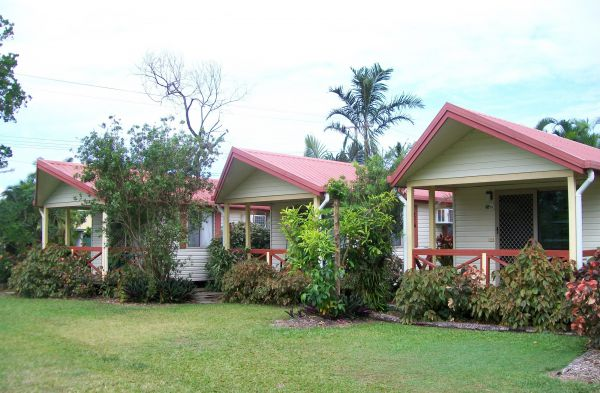 Flying Fish Point Tourist Park - Accommodation Broome
