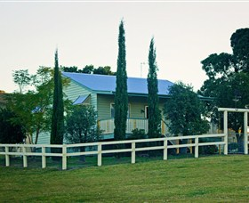Milford Country Cottages - Accommodation Broome