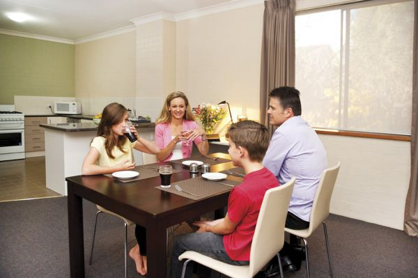 Oxley Court Apartments - Accommodation Broome