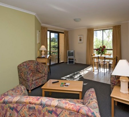 Kingston Court Serviced Apartments - Accommodation Broome