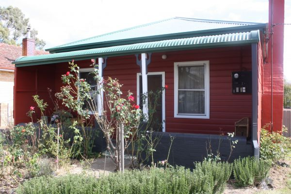 The Red House - Accommodation Broome