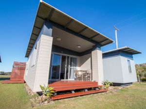 Lake Ainsworth Sport and Recreation Centre - Accommodation Broome