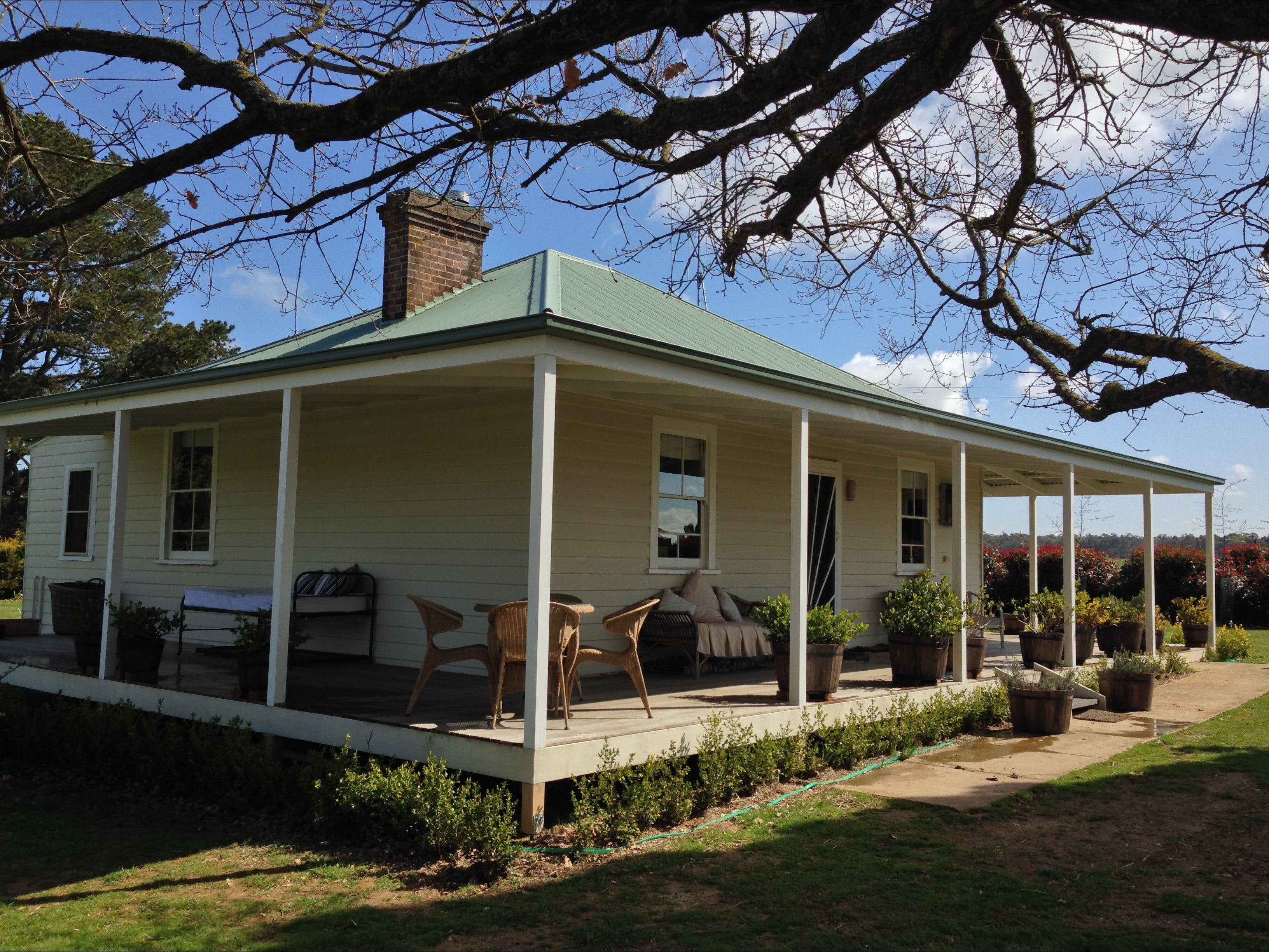 Crookwell Farmhouse - Accommodation Broome