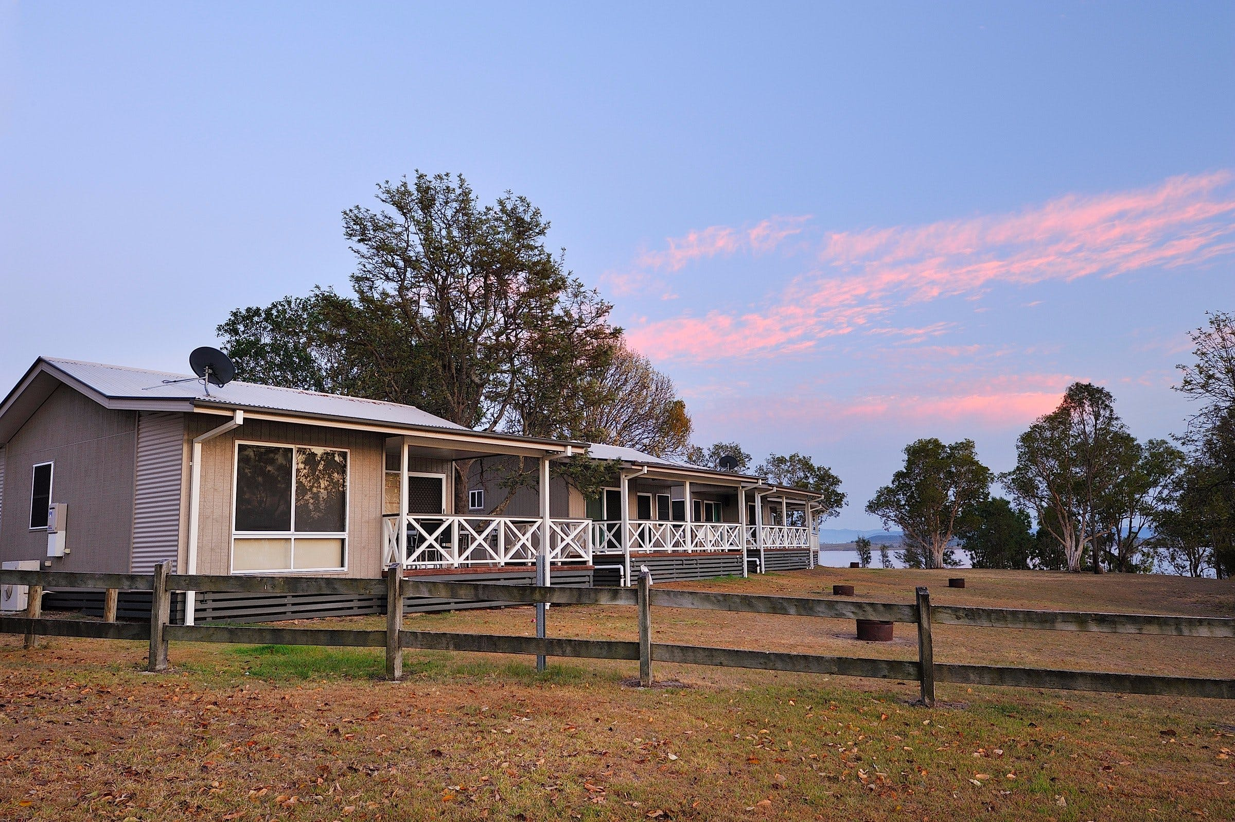 NRMA Lake Somerset Holiday Park - Accommodation Broome
