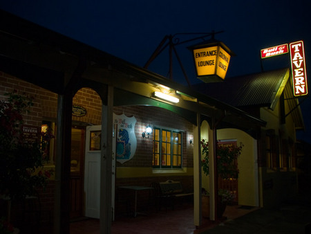 The Bull and Bush Tavern - Accommodation Broome