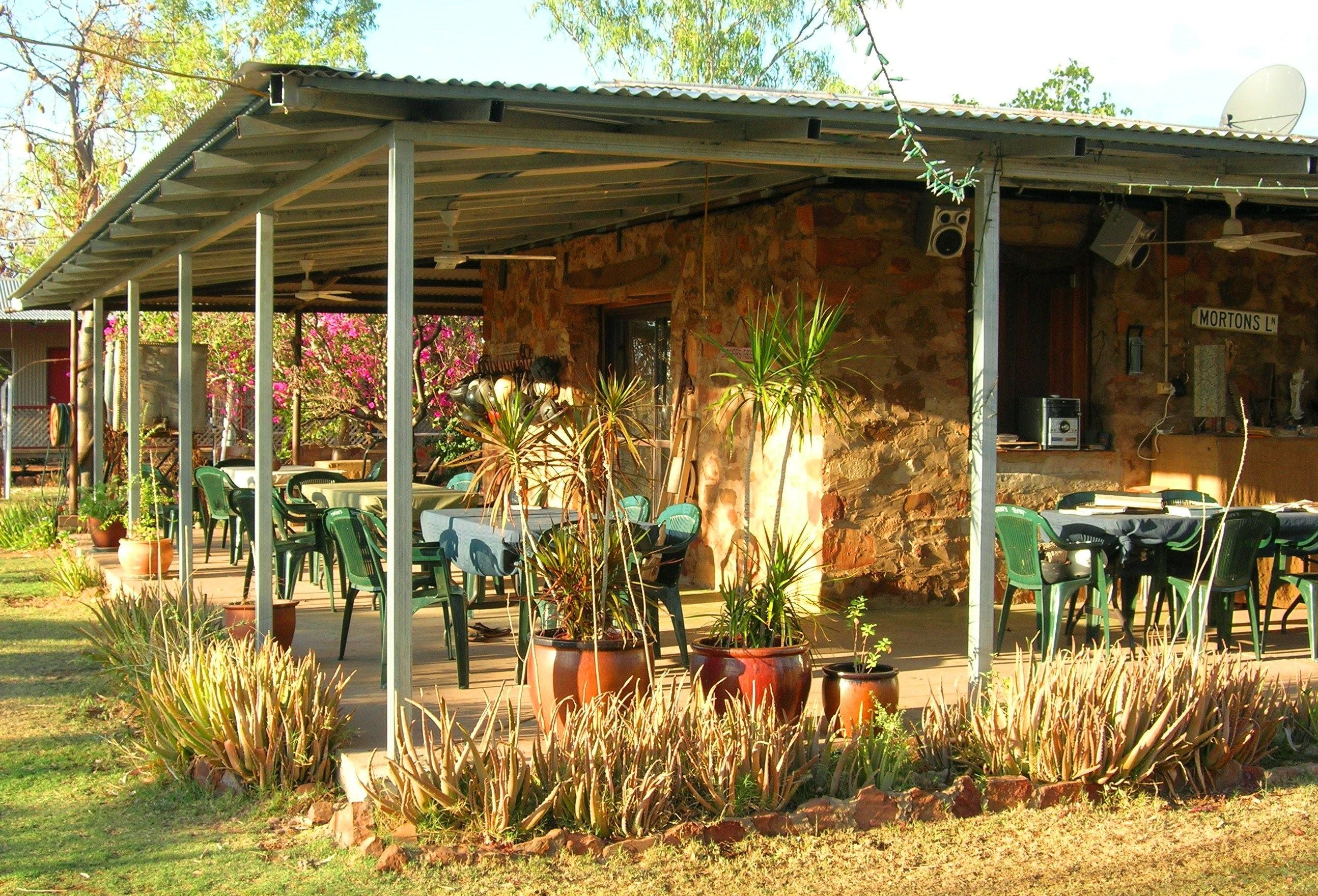 Digger's Rest Station - Accommodation Broome