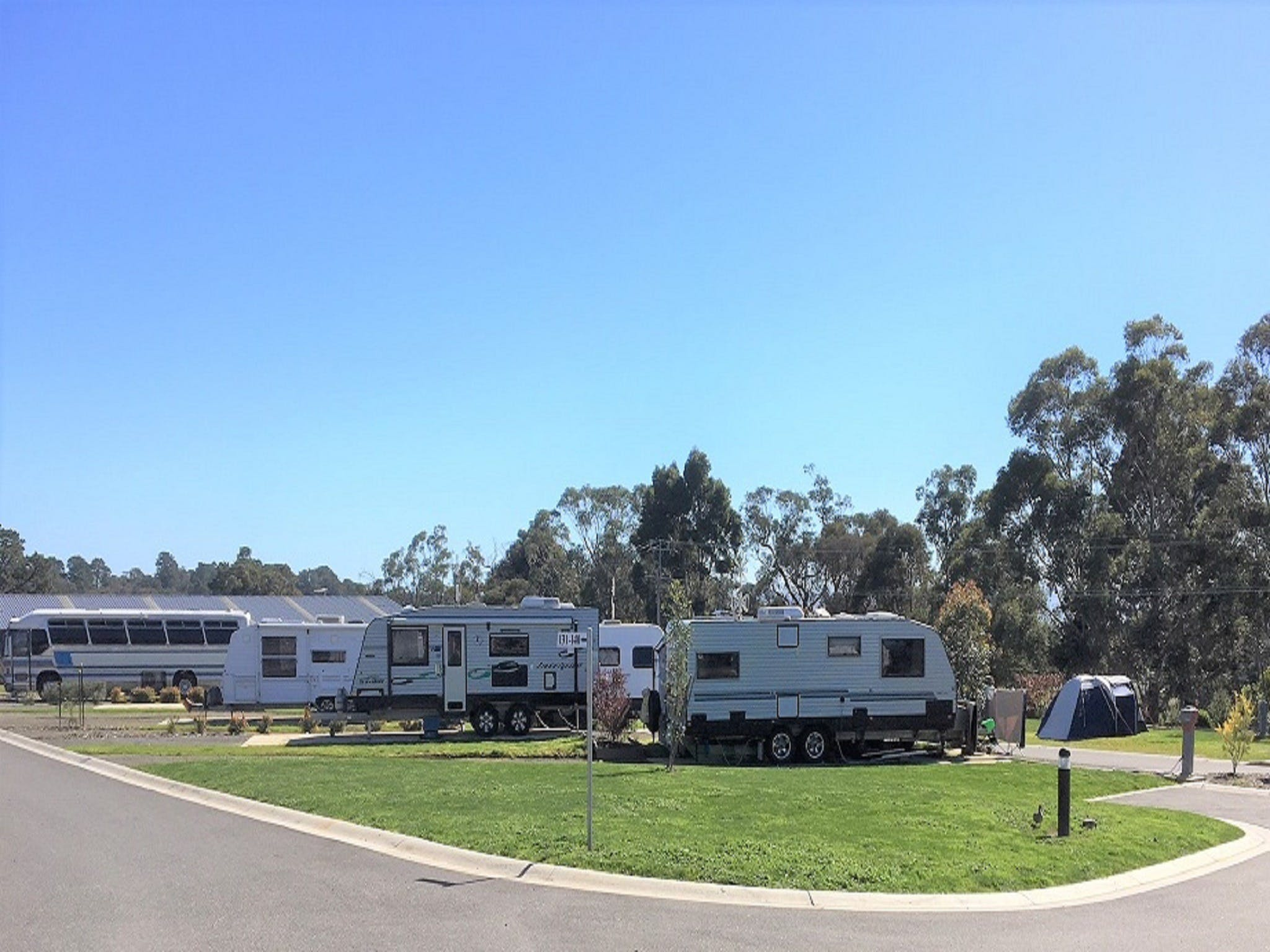 Lilydale Pine Hill Caravan Park - Accommodation Broome